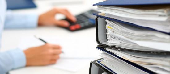 Grâce à la garantie de l'État, un dispositif d'affacturage accéléré permet aux entreprises d'obtenir un préfinancement de leurs factures clients dès la prise de commande. Un dispositif qui vient d'être prolongé jusqu'au 30juin2021.