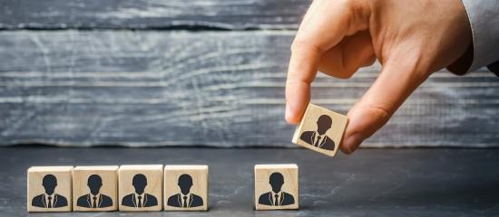 Une association ne peut pas licencier un salarié pour un motif économique sans avoir tenté de le reclasser sur un autre emploi.