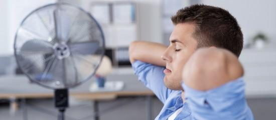 Les recommandations relatives à l'utilisation de la ventilation et de la climatisation pour protéger les salariés des épisodes de fortes chaleurs sont adaptées au contexte de crise sanitaire.