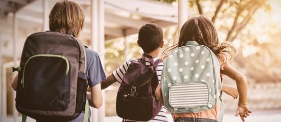 Dès lors qu'ils respectent certains critères, les bons d'achat que vous offrez à vos salariés à l'occasion de la rentrée scolaire échappent aux cotisations sociales.