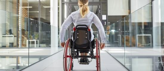 L'aide de 4000€ accordée aux employeurs qui recrutent un travailleur reconnu handicapé s'applique aux contrats de travail conclus jusqu'au 30juin2021.