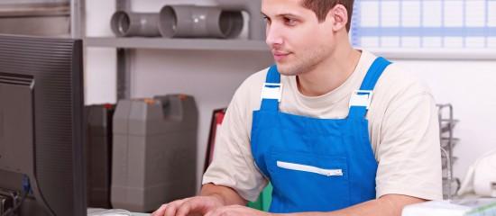 Les revenus de l'activité non salariée des artisans, commerçants et industriels sont soumis à des cotisations sociales gérées par la Sécurité sociale des indépendants.